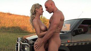 Euro blondie getting loves sex in nature
