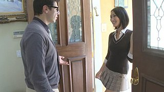 Hotvideosx Cute student Evelyn forcing her way!