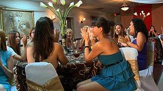 Fashionable ladies give head