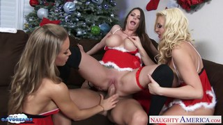 Hot cuties Brooklyn Chase, Nicole Aniston and Summ