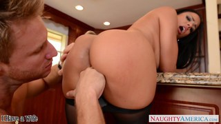 Big jugged Luna Star fuck