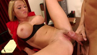 Krissy Lynn testing a huge cock