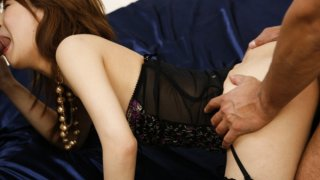Sakurakoand#180;s shaved pussy filled with jizz
