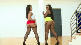 Aryana Adin and Jayden Starr showing off those big juicy asses