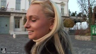 Marvelous Ivana Sugar taking a walk over the town and chatting