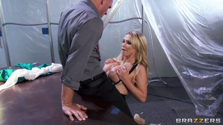 Johnny Sins gets a hot titjob from Nikki Benz