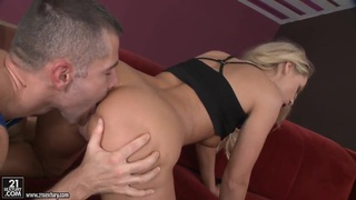 Sexual blondie Barra Brass gets fucked by 2 men