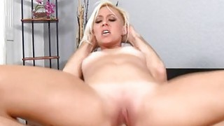 Pussybanging acquires delivered to a milf