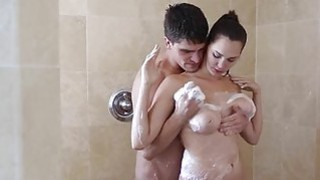 Hot shower turns into hot fucking