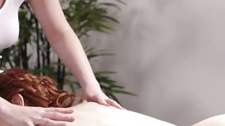 Big tits Veronica walks inside the massage room for a massage