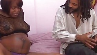 Ebony pregnant babe blowing and riding long schlong