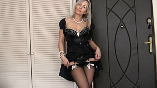 Mommy seducing in POV