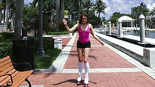 Racy rollerblading