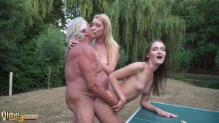 Oldje collects his prize threesome with highschool