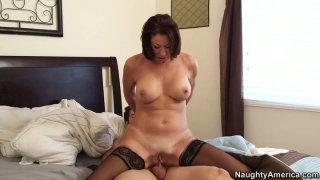Hussy momma Vanessa Videl enjoys young shlong