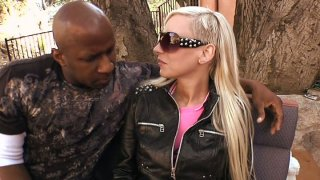 Wondrous Giselle Monet seduces a black dude and gets her pussy licked