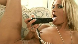 Naughty blonde Jane Kyle hets her pussy toyed