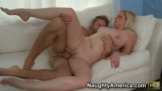 Horny milf Cameron Keys thrusted badly to her shaved pussy from behind