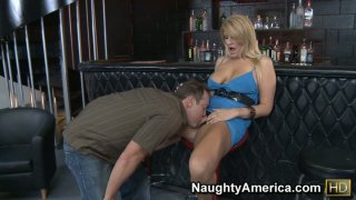 Nasty milf Robbye Bentley getting her pussy eaten and fucking right at the bar