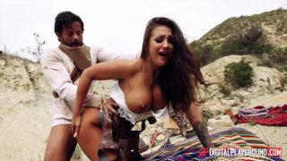 A Wild West girl bangs a criminal for her life